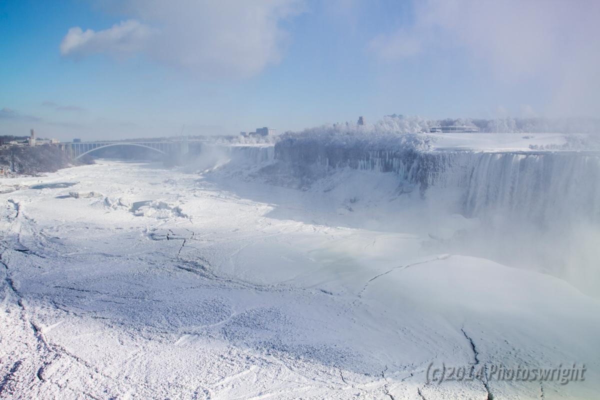 Frozen Niagara? (3)