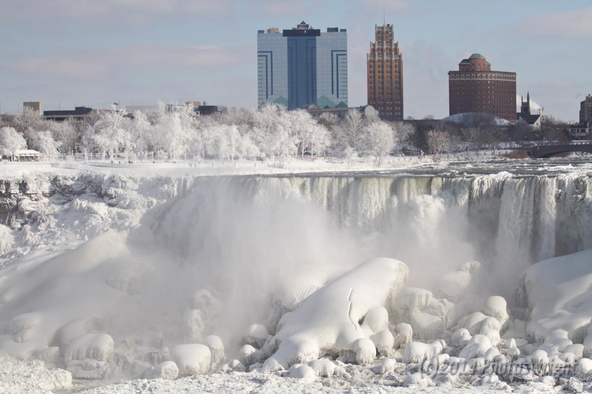 Frozen Niagara? (9)